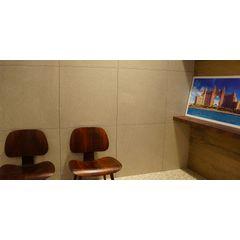 PORCELANATO-VILLAGRES-BISTRO-DUBAI-POLIDO-BRILHANTE-70X70
